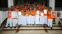Tim Paduan Suara dan Vokal Grup One Voice dari SMPN 1 Kota Surabaya berhasil meraih empat emas dan The Most Expresion pada kompetisi 8th Bali International Choir Festival. (Foto:Liputan6.com/Dian Kurniawan)