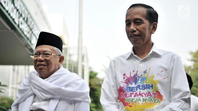 Lihat Kemeja Motif Unik Jokowi Saat Cek Kesehatan di RSPAD