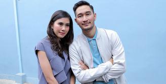 Syahnaz Sadiqah dan Jeje Govinda sekarang ini tengah disibukan dengan berbagai persiapan jelang hari pernikahan mereka. Momen bersejarah itu akan diselenggarakan pada 21 April 2018 mendatang di Bandun, Jawa Barat. (Deki Prayoga/Bintang.com)