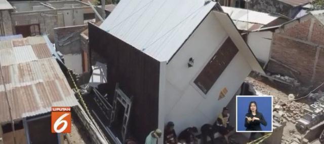 Ide Sukarno untuk membangun rumah yang tidak lazim ini adalah untuk mengajak warga desanya agar mau berbenah dan bangkit menata hidup kembali pasca-gempa.