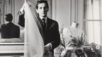 Desainer dan Bapak Fashion Branding Pierre Cardin Meninggal di Usia 98 Tahun. (dok.Instagram @museodellamodanapolihttps://www.instagram.com/p/CJYuzPpFQMK/Henry)