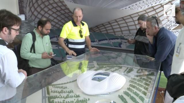 Qatar akan jadi tuan rumah piala dunia 2022, stadion megah disiapkan untuk menyambut gelaran bola tingkat dunia tersebut.