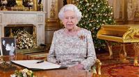 Ratu Elizabeth II, Pangeran William, dan Kate Middleton (dok. Instagram @kensingtonroyal)