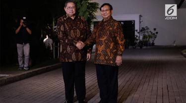 Ketua umum Partai Demokrat Susilo Bambang Yudhoyono dan Ketua umum Partai Gerindra Prabowo Subianto melakukan pertemuan di Jakarta Selasa (24/7) malam.