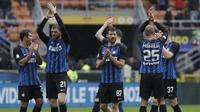 Pemain Inter Milan rayakan selebrasi usai menang 3-0 atas Hellas Verona (AP Photo/Luca Bruno)