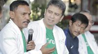 """Legenda tinju Indonesia, Nico Thomas, saat peluncuran kampanye """"Kemenangan Itu Dekat"""" di Yogyakarta, Rabu (18/7/2018). Kampanye tersebut untuk mengobarkan semangat kemenangan di Asian Games 2018. (Bola.com/M Iqbal Ichsan)"""
