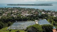 PLN memanfaatkan tenaga surya untuk menghasilkan listrik di Gili Meno, Gili Air, dan Gili Trawangan. (Dok PLN)