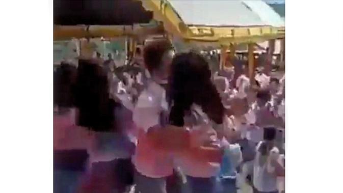 Viral Video Pesat Bak Sedang Dugem saat Perayaan Kelulusan Pelajar SMA (Fauzan/Liputan6.com)