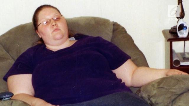 Saking semangatnya turunkan berat badan, Tara sampai tiga kali merusak alat treadmill.