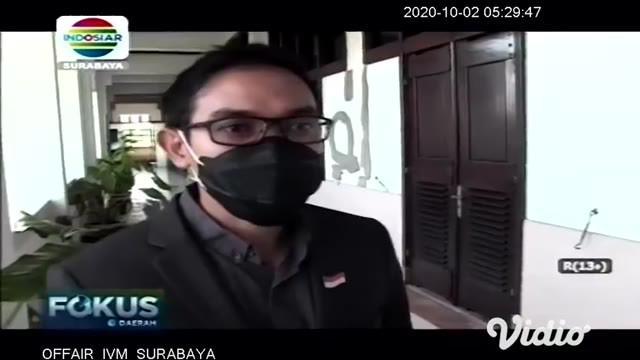Pada Kamis pagi (01/10) di kantor Balai Kota Surabaya, Jawa Timur, Tri Rismaharini sebagai Wali Kota Surabaya beserta jajarannya mengikuti upacara Hari Kesaktian Pancasila secara streaming.