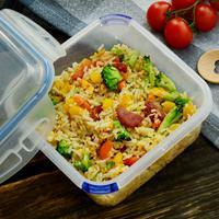 Ilustrasi bekal nasi goreng./Copyright shutterstock.com