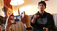 Aktor film Star Wars The Force Awakens Iko Uwais saat wawancara dengan wartawan di Jakarta, Rabu (16/12/2015). (Liputan6.com/Immanuel Antonius)