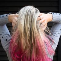 Mewarnai rambut akan selalu berisiko kerusakan, tapi setidaknya kerusakan itu bisa diminimalisir dengan tindakan berikut. (Foto: pexels.com)
