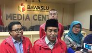 Sekjen PSI Raja Juli Raja Juli Antoni di kantor Badan Pengawas Pemilu (Bawaslu) (Liputan6.com/Muhammad Radityo Priyasmoro)