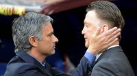 "Kepergian Louis van Gaal, membuat MU terus dikaitkan dengan mantan pelatih Chelsea, Jose Mourinho. Hampir seluruh media di dunia mengabarkan jika ""The Special One"" jadi kandidat utama untuk menduduki kursi panas di Old Trafford. (AFP/Pedro Armestre)"