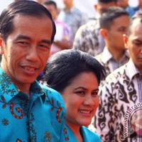 Presiden Joko Widodo (Jokowi) Ibu Negara Iriana Widodo. (via: Antaranews).