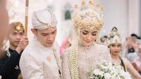 Prosesi adat Sunda dalam pernikahan Citra Kirana dan Rezky Aditya (Sumber: Instagram/citraciki)