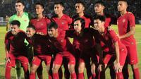 Timnas Indonesia U-23 saat menghadapi PSIM dalam uji coba di Stadion Sultan Agung, Bantul (2/6/2019). (Bola.com/Vincentius Atmaja)