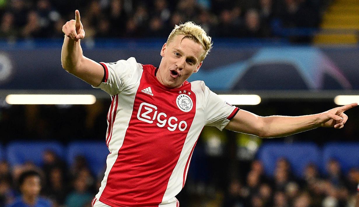 Pemain asal Belanda, Donny van de Beek, akhirnya resmi bergabung dengan Manchester United. Ia diikat dengan kontrak berdurasi lima tahun. (AFP/Glyn Kirk)