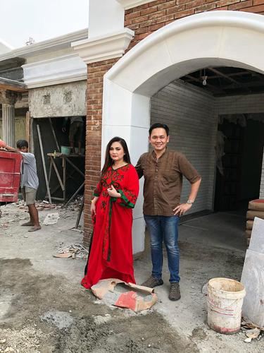 Farhat Abbas dan Nia Daniaty
