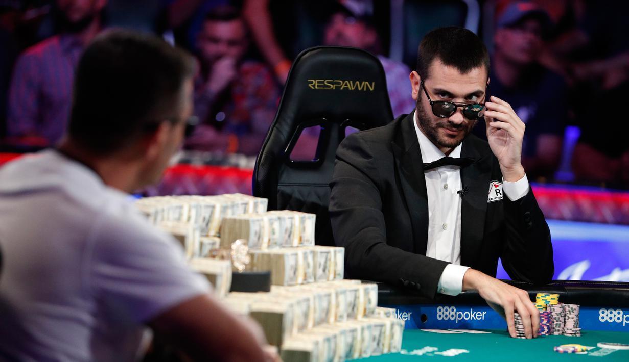 Foto Juara Poker Dunia Hossein Ensan Raih Rp 139 Miliar Global Liputan6 Com