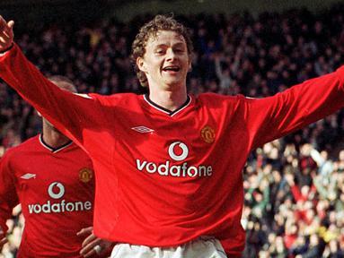 Manajer Manchester United, Ole Gunnar Solskjaer ternyata merupakan salah satu pencetak gol terbanyak Manchester United di Liga Cahmpions. Ia tercatat mampu menorehkan 19 gol dari 77 penampilannya. (AFP/Fotosports International/Robin Parker)