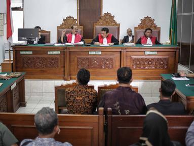 Suasana sidang lanjutan terkait Akta dan SK Pendirian Partai Gerindra dan SK penunjukan para pengurus BPN Prabowo-Sandiaga Uno di PN Jakarta Selatan, Selasa (19/3). Sidang tersebut ditunda kembali hingga minggu depan. (Liputan6.com/Faizal Fanani)