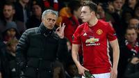 Jose Mourinho puji performa Phil Jones yang mulai tampil konsisten. (doc. ITV)