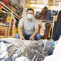 """Kisah Pelaku UMKM Shopee yang Mempertahankan Bisnisnya Berkat """"Dukungan COVID-19 100M Shopee"""""""