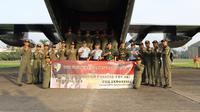 TNI menerbangkan Hercules ke Shanghai, China, untuk menjemput alat kesehatan terkait penanganan Covid-19 yang dibeli pemerintah. (dok Puspen TNI AU)