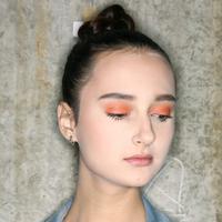 Fresh Eyeshadow Orange Makeup Look - Anthony Tandiyono & Day and Night - FIMELA Fest 2018 / Makeup: Make Over / Photo by Windy Sucipto (FIMELA.com)