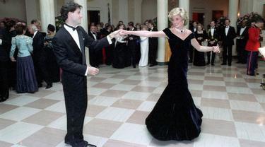 Putri Diana dan John Travolta