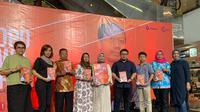 Buku bertajuk Sutopo Purwo Nugroho Terjebak Nostalgia berisikan 200 halaman dan terbagi dalam lima bagian. (Istimewa)