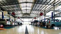 Toyota memberikan harga khusus berupa potongan harga hingga 25% untuk biaya jasa servis maupun pembelian pelumas dan suku cadang.