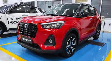 Daihatsu Rocky memiliki varian dengan fitur keselamatan yang canggih (Arief A/Liputan6.com)