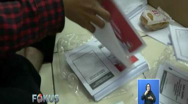 Surat suara yang rusak atau cacat akan dikumpulkan dan dikembalikan ke KPU RI untuk kemudian diganti dengan yang baru.