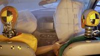 Tingkatkan Keselamatan, Hyundai Ciptakan Airbag di Konsol Tengah (Hyundai)