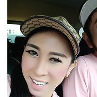 Terjebak Narkoba Lagi, Ini 5 Potret Mesra Rio Reifan dengan Istri (sumber: Instagram.com/rioreifan)