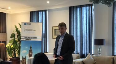 Dubes Inggris untuk Indonesia dan Timor Leste, Owen Jenkins memberi sambutan untuk Future Leaders Connect 2019 Homecoming Reception di Jakarta pada Rabu (13/11/2019) (Liputan6.com/Hugo Dimas)
