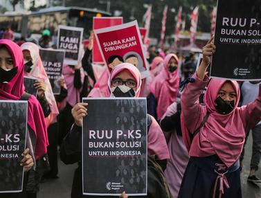 Aksi Bungkam Menolak Pengesahan RUU PKS