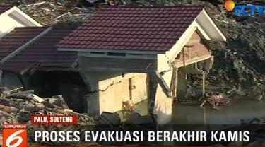 Namun ada juga warga yang menginginkan evakuasi dan pencarian korban tetap dilanjutkan.