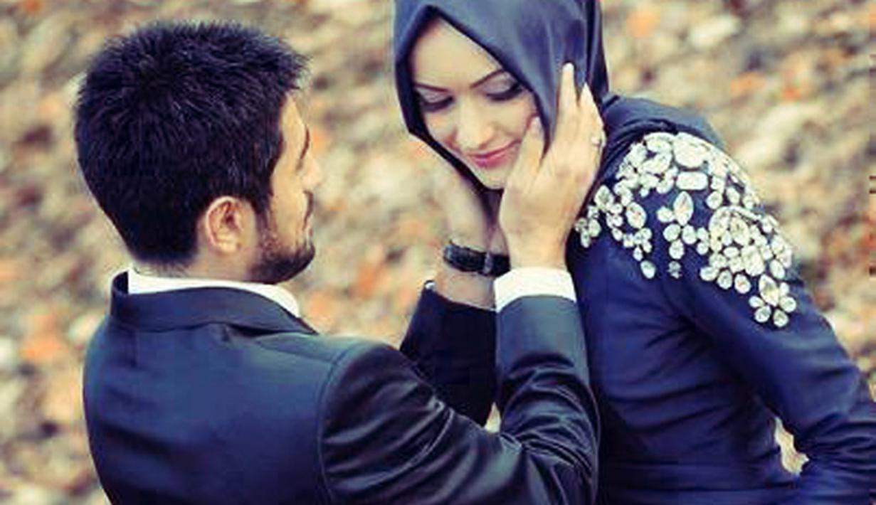 Foto Pasangan Muslim Romantis Dari Belakang Nusagates