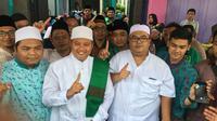 Calon Wakil Gubernur Jawa Barat Uu Ruzhanul Ulum ditengah upaya menyerap aspirasi masyarakat Kabupaten Majalengka Jawa Barat. Foto (Liputan6.com / Panji Prayitno)