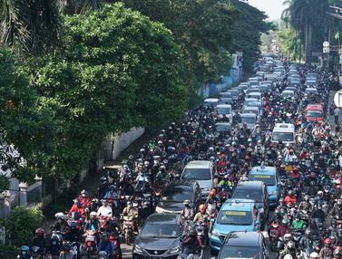 Kemacetan di Kawasan Tanjung Barat