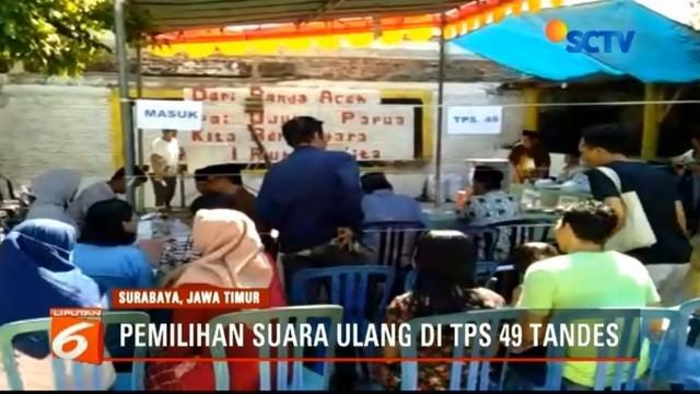 Kecamatan Tandes, Surabaya, lakukan pemungutan suara ulang karena ada warga luar TPS yang ikut coblos tanpa form A5.