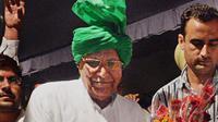Seorang mantan menteri yang menjalani hukuman penjara, akhirnya lulus ujian sekolah pada usia 82 tahun.