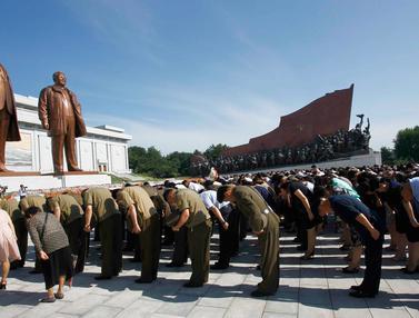 Korea Utara Peringati 25 Tahun Meninggalnya Kim Il Sung
