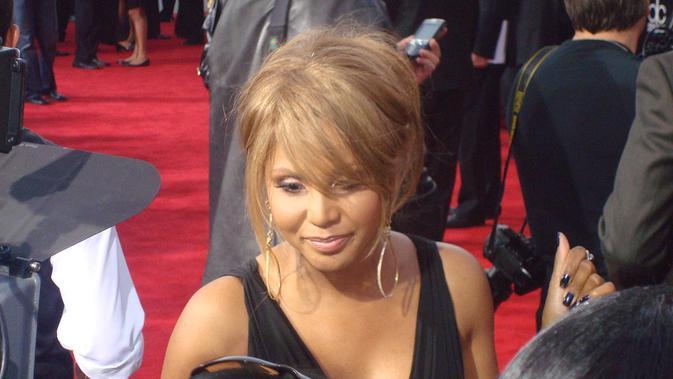Toni Michele Braxton (wikimedia commons)