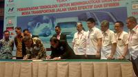 PT Perusahaan Gas Negara Tbk (PGN) menandatangani nota kesepahaman bersama Asosiasi Pengusaha Truk Indonesia (Aptrindo) mengenai implementasi penggunaan bahan bakar berbasis gas alam cair.