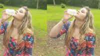 (Foto: © Lynn Lew/ Facebook) Tanpa merasa jijik, wanita satu ini berani minum urin anjingnya utnuk mendapatkan wajah bersih terbebas dari jerawat.